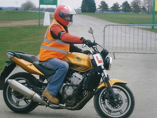 how to go motorbike provisional licence